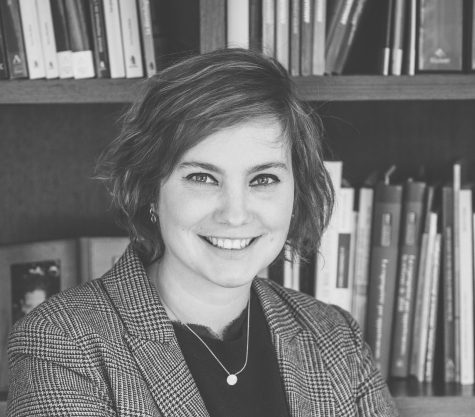 Photo en noir et blanc de l'avocat Raphaëlle Marcourt